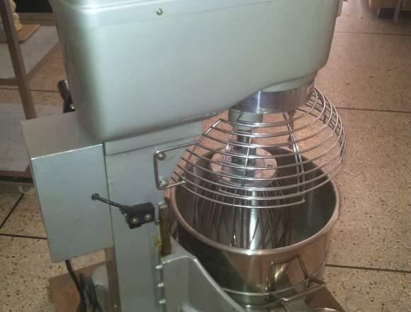 Batidora industrial pastelera para panadería 30L