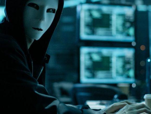 Hacker ingeniero titulado
