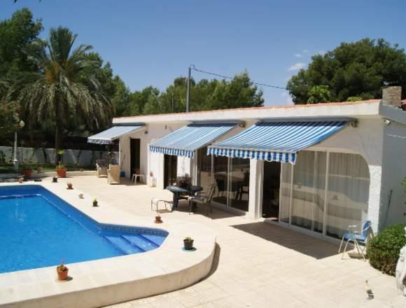 ocasion chalet con piscina y garaje y amueblada