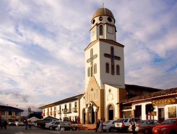 SUPER PAQUETE TURÍSTICO VALLE DEL COCORA Y SALENTO