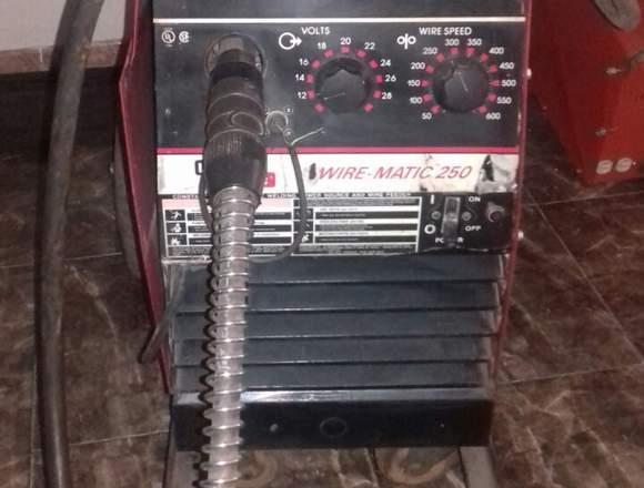 soldador industrial linconln electric