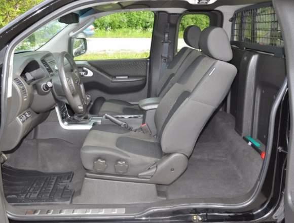 Nissan Navara HIGH LUXURY 2500CC 4X4 TD 2012