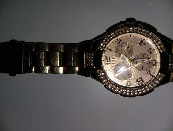 Reloj Guess Original Dorado