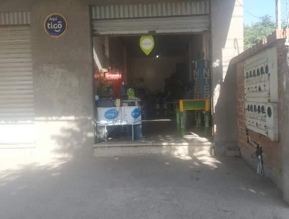 POR MOTIVO DE VIAJE, TRASPASO CAFE INTERNET