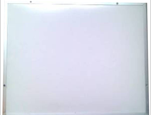 Pizarrón blanco de 45cm x 60cm (NO ES DE FORMAICA)