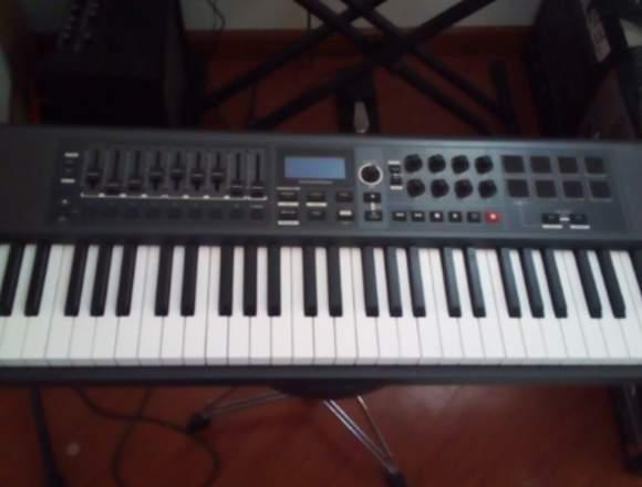 Novation Impulse 61 Controlador MIDI