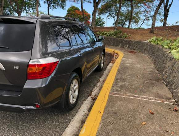 Toyota Highlander 2009, como nueva nítida