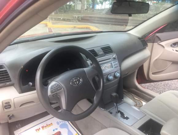 Toyota Camry LE 2007, buenas condiciones