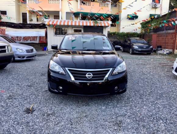 Nissan Sentra SR 2015, clean carfax