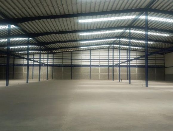 18-1135 AF A la venta espacioso galpón en Arraiján