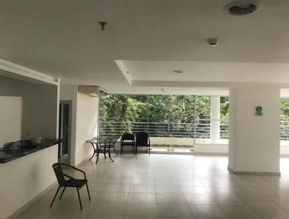 19-2156 AF Apartamento en Clayton a la venta