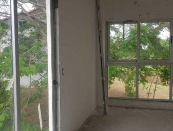 19-3639 AF Brisas del Golf se vende imponente casa