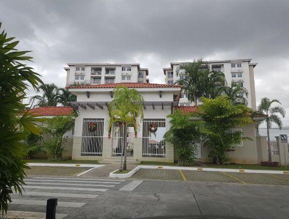 9-4076 AF Versalles alquile apartamento amoblado