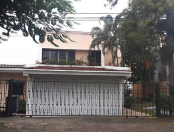 19-4364 AF Bella casa se alquila en Hato Pintado