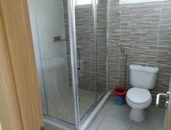 19-5833 AF Venta cómoda casa en Brisas del Golf