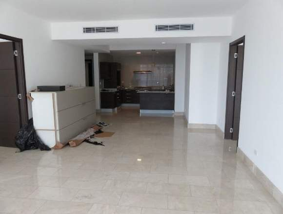 19-5856 AF Impecable apto. Pta. Pacífica se vende