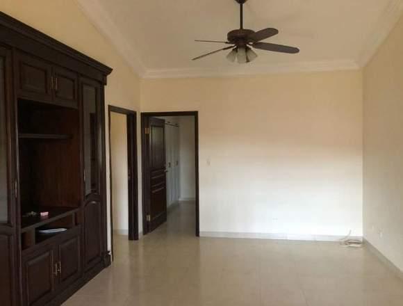 19-5901 AF Alquile hermosa casa en Costa del Este