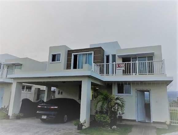 19-6940 AF Compre linda casa en Brisas del Golf
