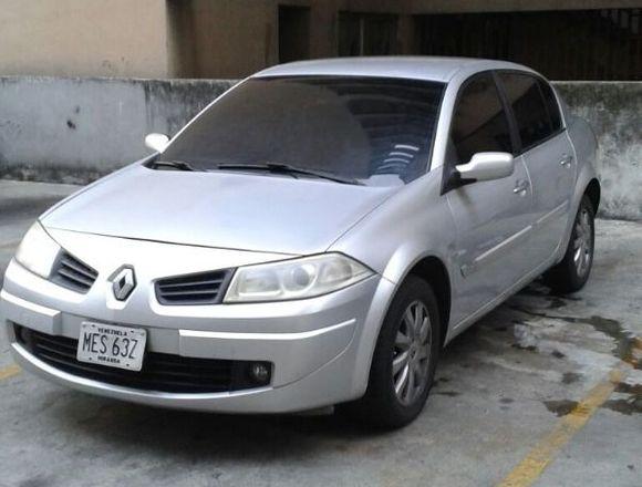Renault Megane 2 Automatico 2900$