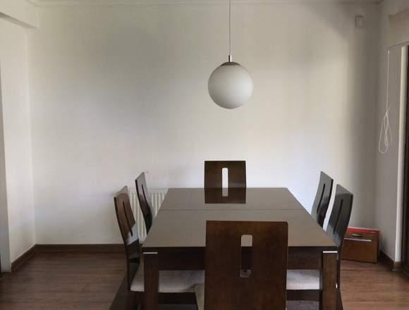 Comedor color marron  150x90x75