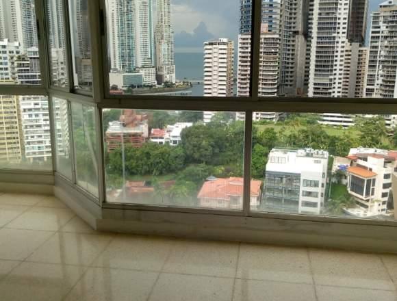 Punta Paitilla inmenso apartamento de 3 recamaras