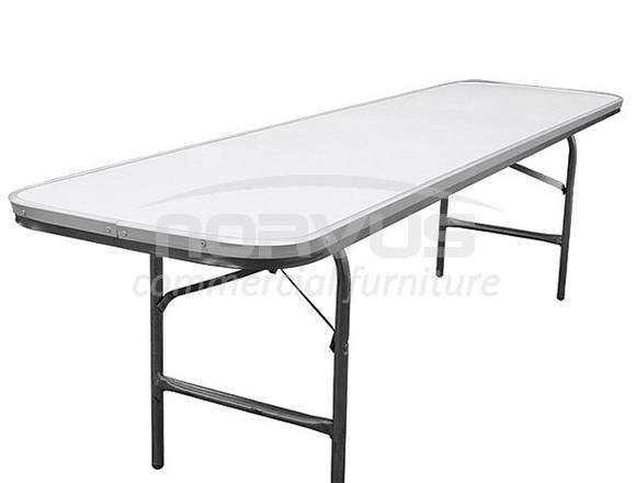 Lote de 4 mesas infantiles resistentes en venta