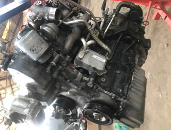 Se venden todo tipo de motores y recambios.