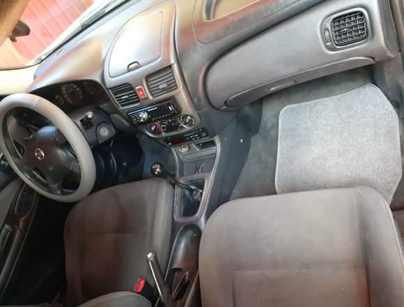 Venta de Nissan Almera modelo 2004