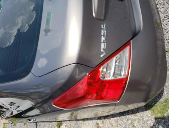 2012 Nissan Versa Sense TM AC Unico dueño