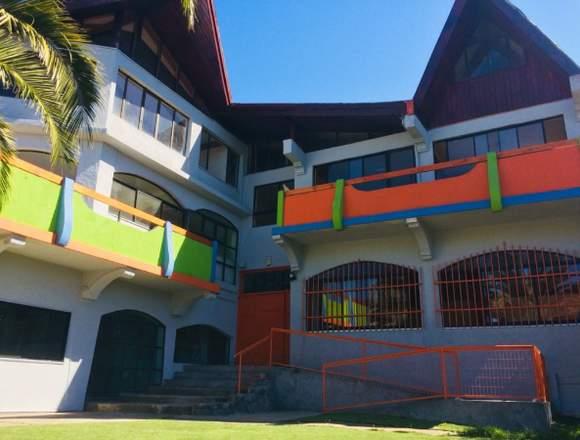 Sala Cuna y Jardín Infantil The Baby School