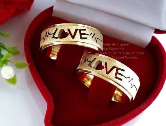 Alianças de namoro, noivado e casamento