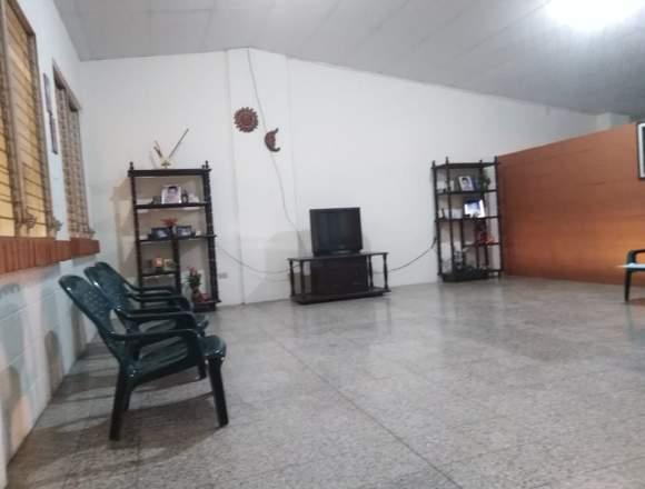 CASA EN RES.PRIVADO ALTOS DEL BULEVAR