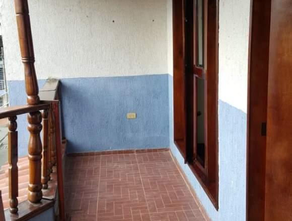 Casa 3 plantas independientes
