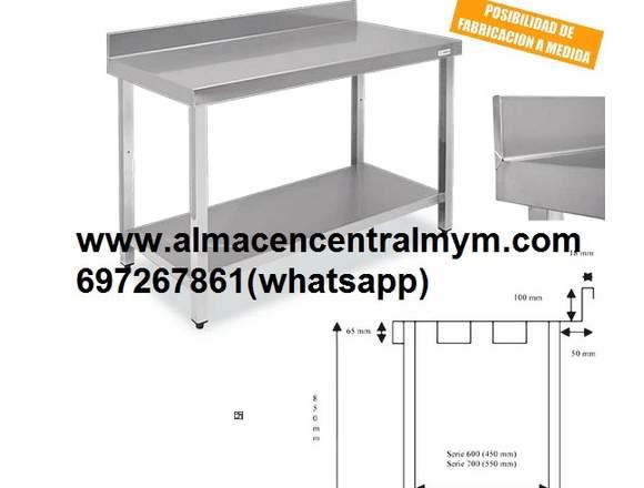 Mesas de trabajo fabricadas en en acero inoxidable