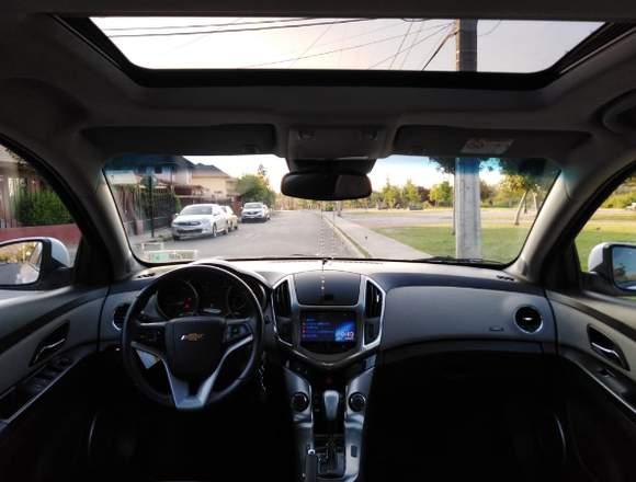 Chevrolet cruze hb  automático con Sunroof 2015