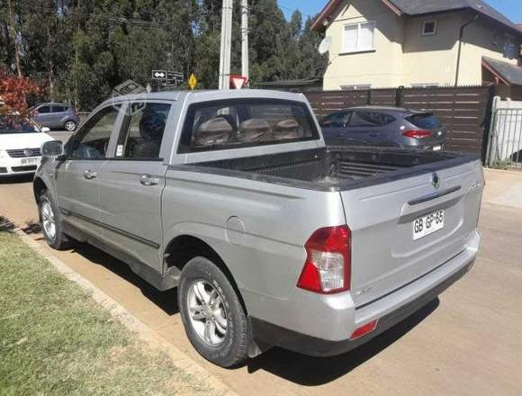 CAMIONETA SSANYONG NEW ACTYON SPORT 4X4 AÑO 2014