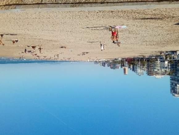 Dúplex turístico en playa de Gandía, Valencia.
