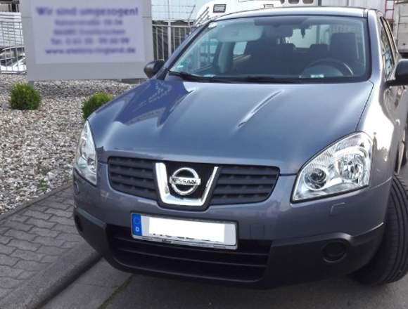 Nissan Qashqai 2 l Visia 141 PS,  4.000 km!!