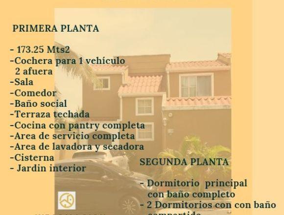 Venta Hermosa Residencia de Esquina Las Arboledas