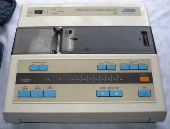 ELECTROCARDIOGRAFO Nihon Kohden Cardiofax 6511