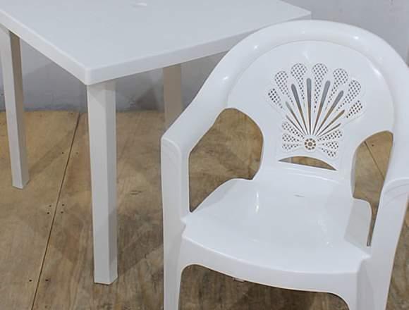 Mesas y Sillas de Plastico Multiusos en Venta