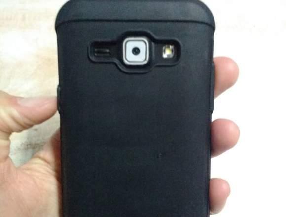 Celular Samsung J1 LTE