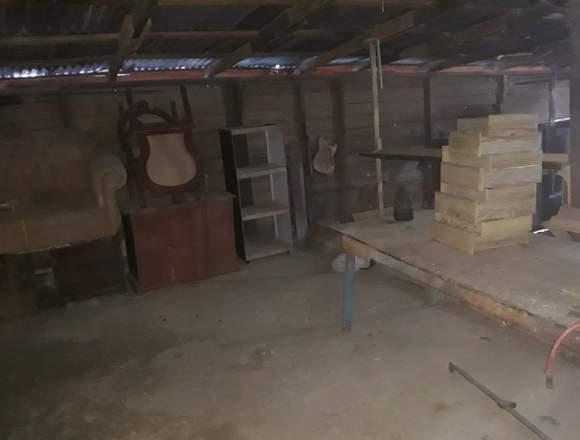 Se alquila taller de ebanisteria en Los Mameyes