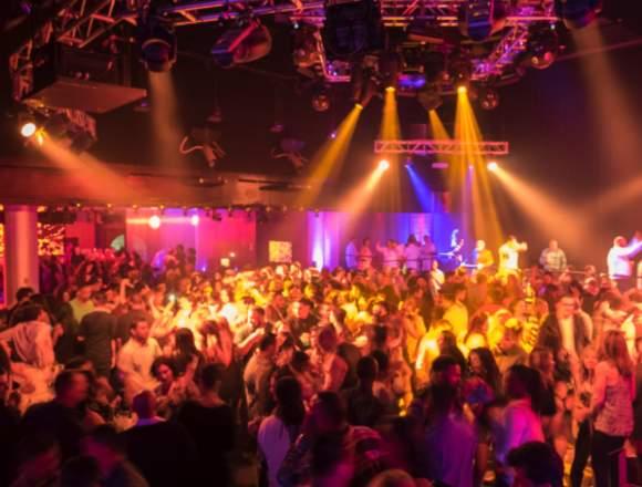Inauguración de club nocturno