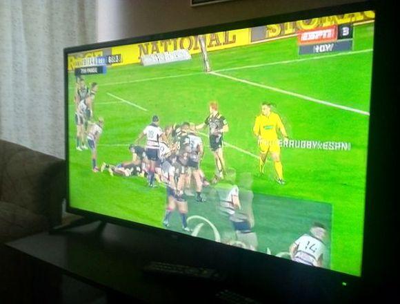 TV LED IRT 40 PULGADAS POCO USO.