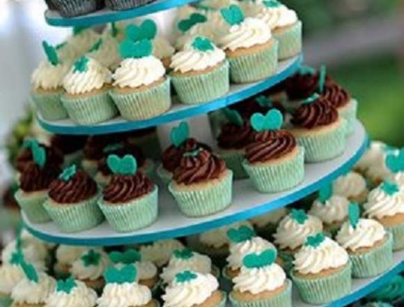 Alquiler de torres de Cup Cakes para eventos