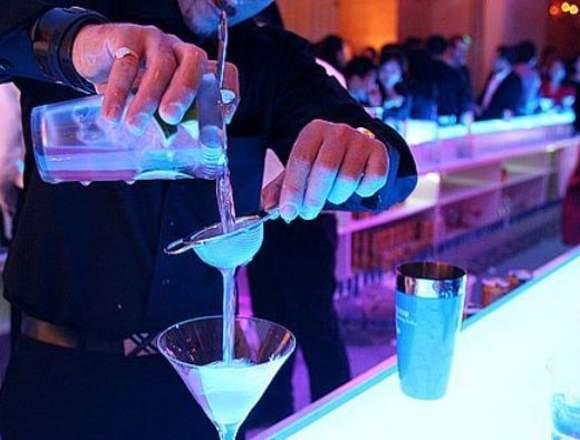 Barman Servicio Barra Eventos Coctelería Flair