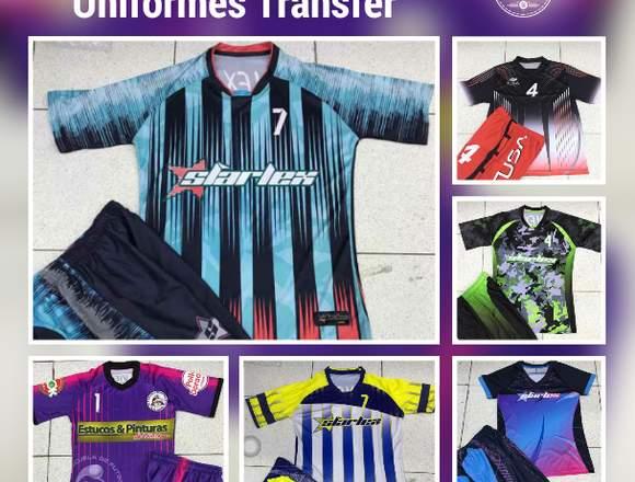 Uniformes de fútbol en promoción