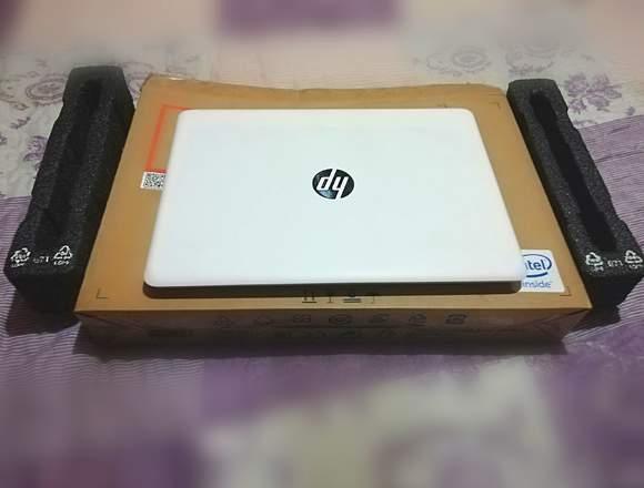 Notebook Hp i5 7200u 16GB Ram Graficos Radeon 530