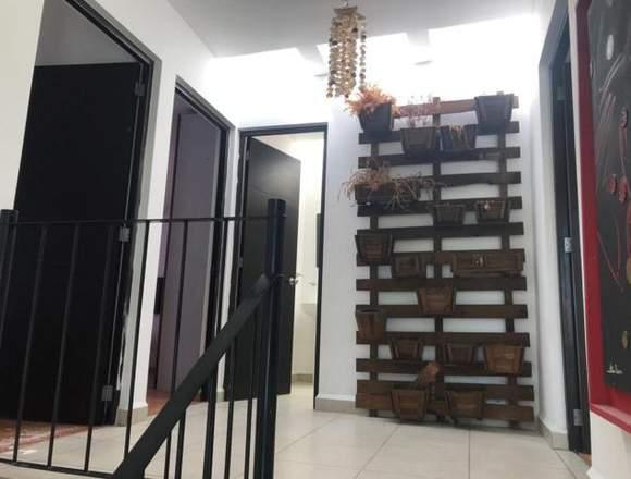 Bonita casa en venta Irapuato Gto. fracc. Misión